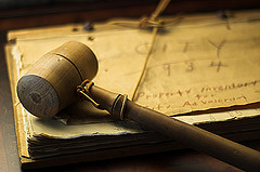 Gavel, by noyava, with Creative Commons licence