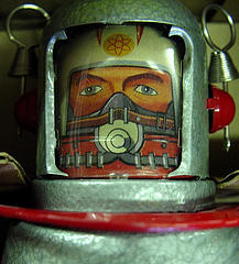 Windup metal spaceman, by zen, with Creative Commons licence (Attribution-Noncommercial-Share Alike 2.0 Generic)